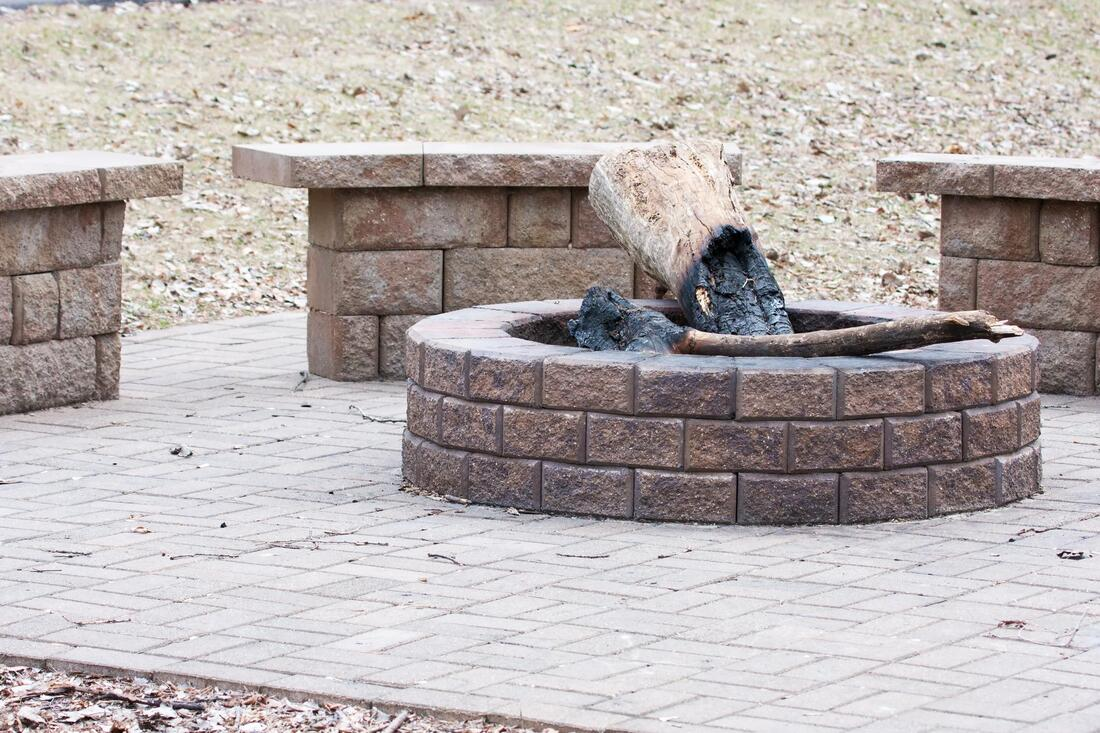 professional fireplaces and fire pits contractor
